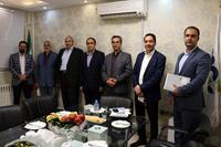 بازدید شرکت بانکی ملی از بازرگانی مبنا کارت آریا